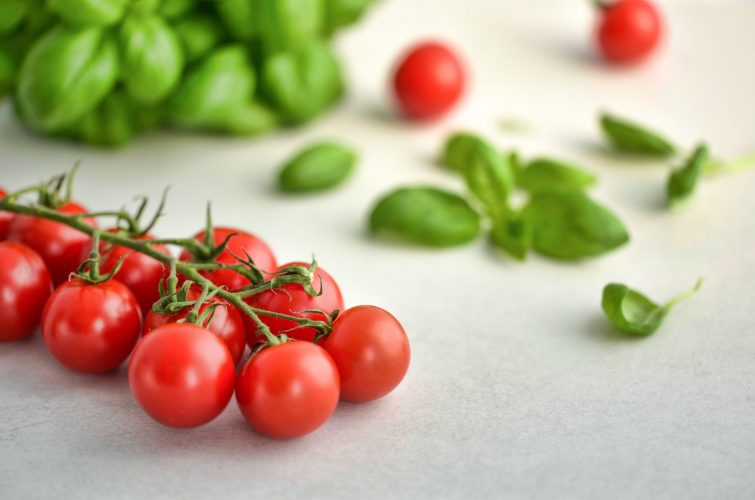 The Edible Garden – Tomatoes To Table With Recipe